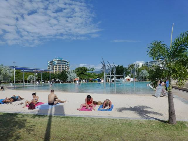 Cairns swimming pool